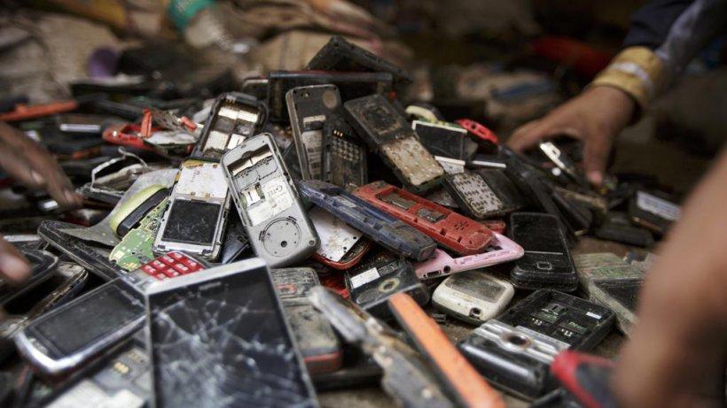¿Tecnología para el bien común o para la obsolescencia planificada?